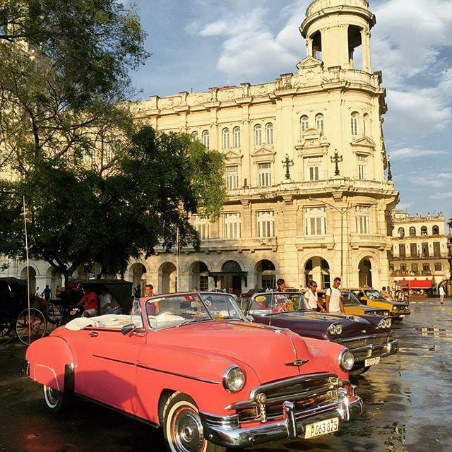 Touring Havana by foot